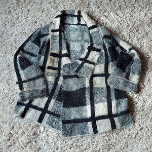 Cosy sweater/wrap